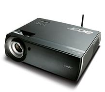 P7270I/ DLP Projector 1024X768 resolution 2300:1 contrast ratio 4000Ansi Lumens dvi