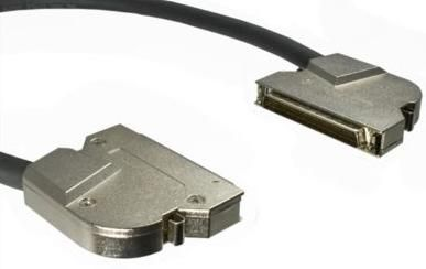 1MAG SCSI-kabel  Madison  HD68/M - HD68/M  90°   0,5m (MAD-68L-68L-50)