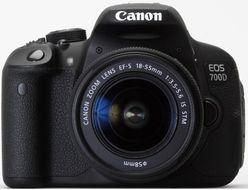 EOS 700D 18-55IS STM 18 MPIXEL 7,7CM TOUCH LCD        IN CAM