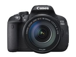 CANON EOS 700D 18-135IS STM