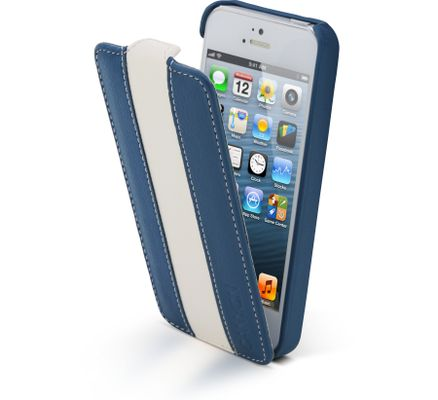 iPhone 5 protection snap-on case