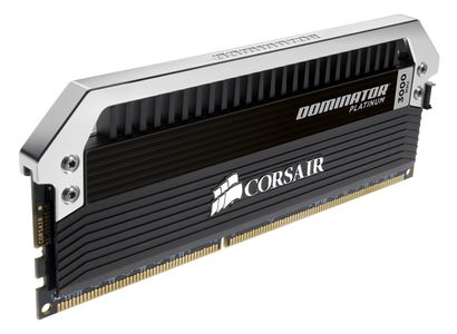 CORSAIR Dominator Platinum 4x4GB 3200MHz DDR4 CL16 Unbuffered 1.35V, XMP 2.0 (CMD16GX4M4B3200C16)