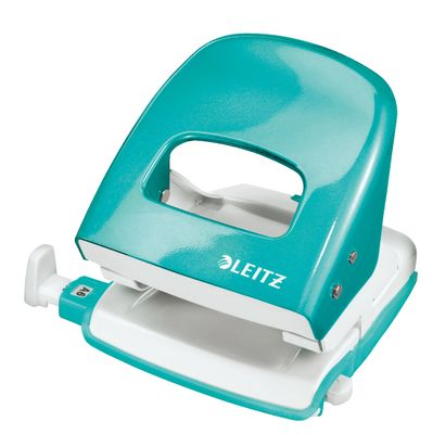 Leitz WOW 5008 hole punch 2h/30 sheets iceblu