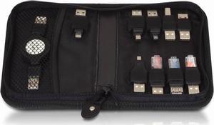 Kabelväska med utdragbara kablar och adaptrar