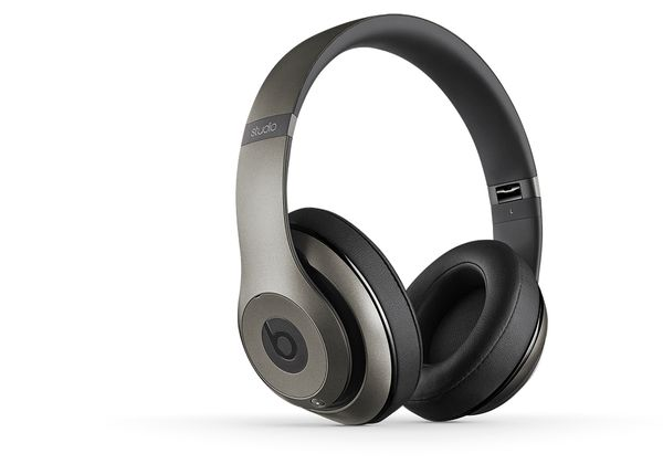APPLE BEATS STUDIO OVER-EAR HEADPHONE WIRELESS TITANIUM                IN CONS (MHAK2ZM/B)
