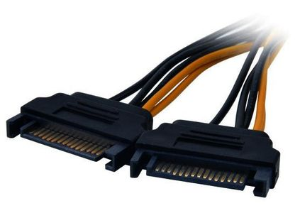 AKASA SATA power to 6-pin PCIe adapter (AK-CBPW13-15)