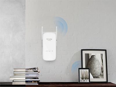 TP-LINK AV1200 Gigabit Powerline  Wi-FI (TL-WPA8630 KIT)