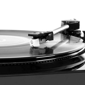VICTROLA USB Turntable Black (VPRO-3100-BLK-EU)