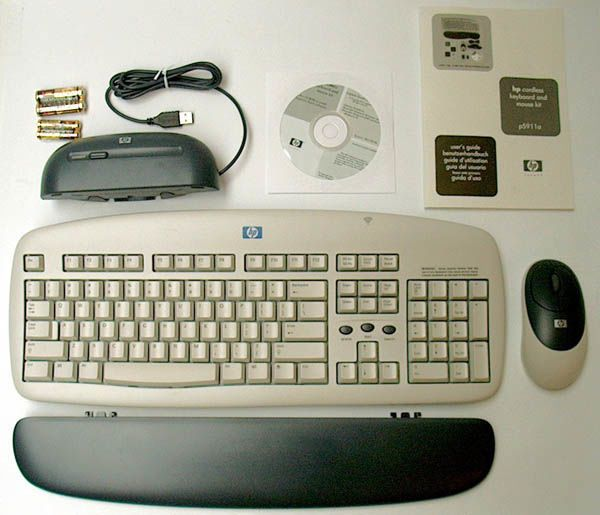 HP Keyboard, W. Cordless Mouse (P5911-63001)