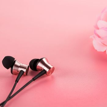 1MORE Piston Fit In-Ear Headphones Pink (E1009-Pink)
